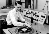 Vintage-Radio-Station-Crop