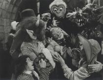 saraband-for-dead-lovers-1948-001-the-gang-children