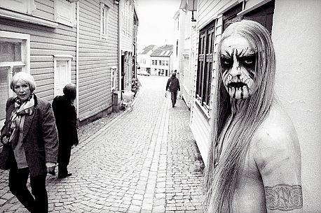 black,metal,black,white,corpse,paint,peter,beste,man,photo-1ae3b107dc031c6ddbbc10651178116b_h